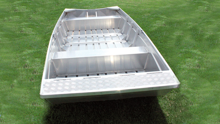 Inland aluminum boat that is extra stable on the water.